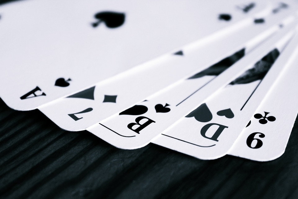 Silly Mistakes That Can Be Avoided While Playing Online Rummy