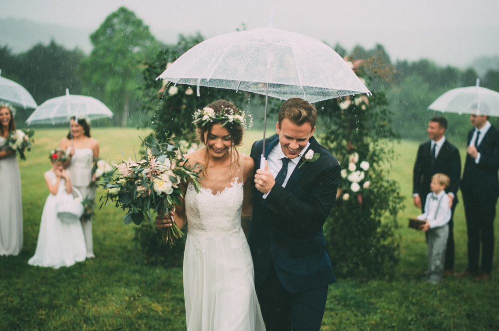 4 steps to Accepting and Embracing Rain on Your Wedding Day