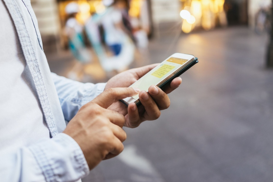 Building Trust In Your Clients With Virtual Phone Numbers