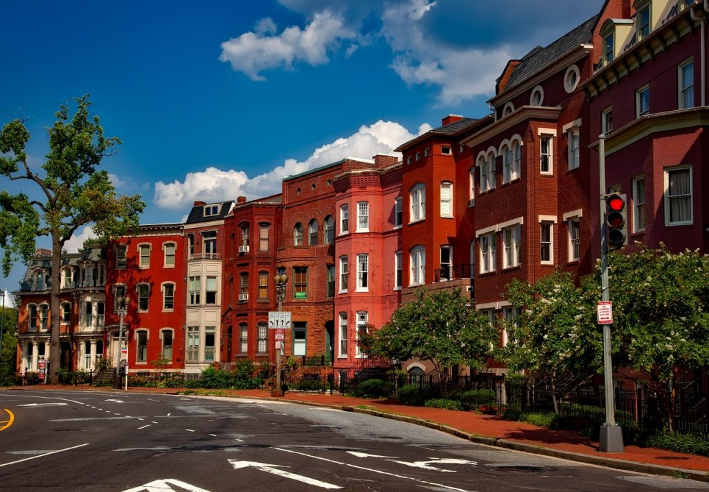 Buying A House? 4 Steps To Researching A Neighborhood Before You Decide To Buy