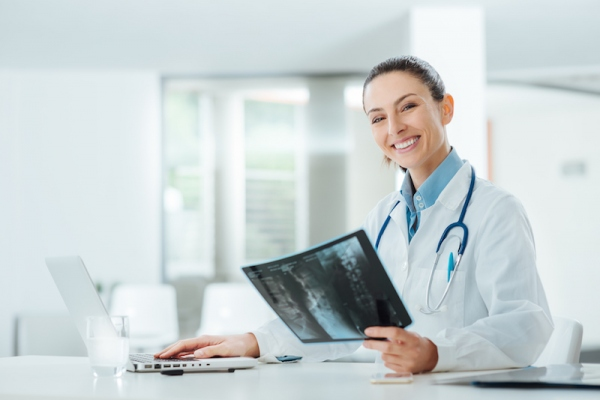 How to Become a Radiologist in 5 Steps