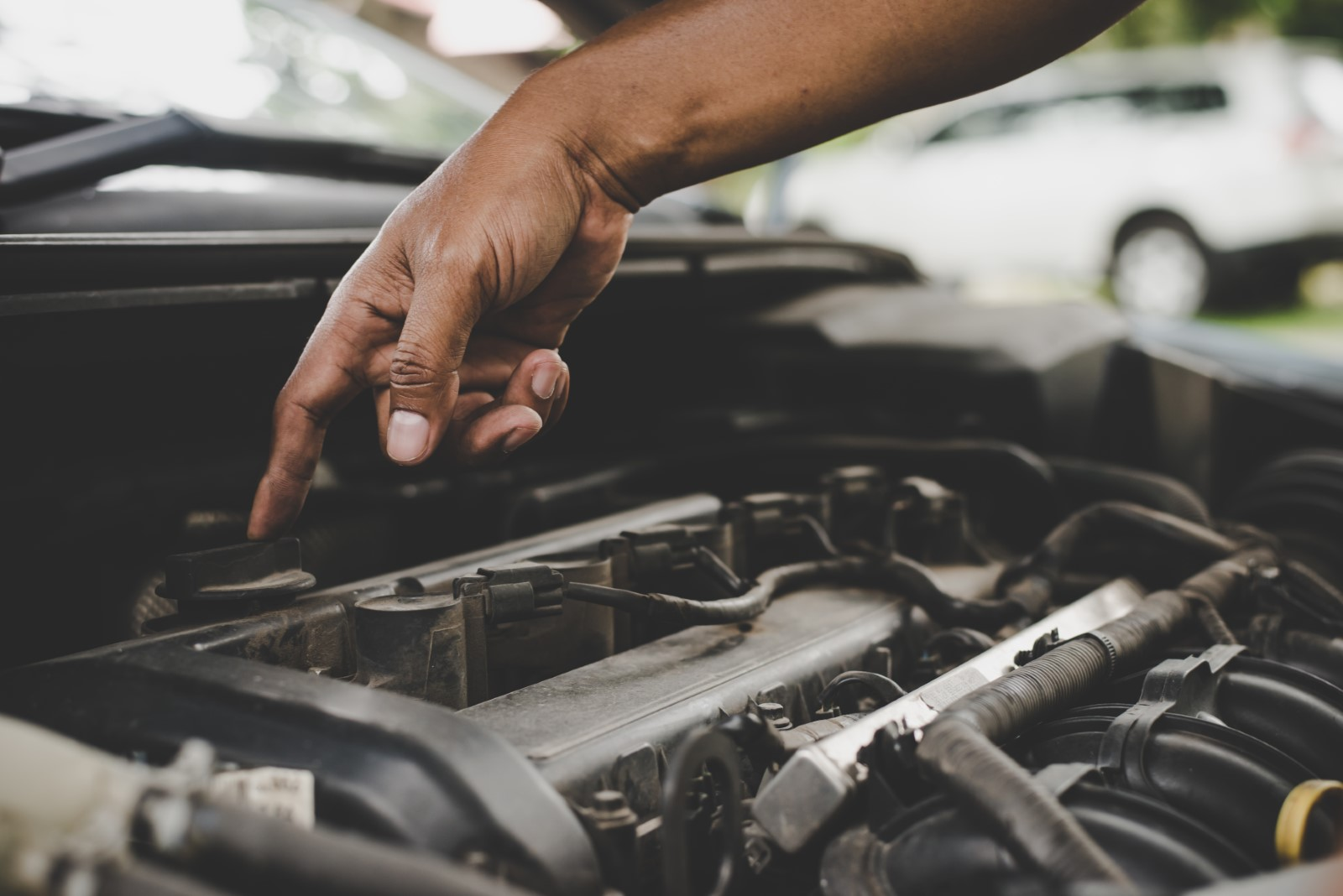 What Causes Leakage in Shock Absorbers