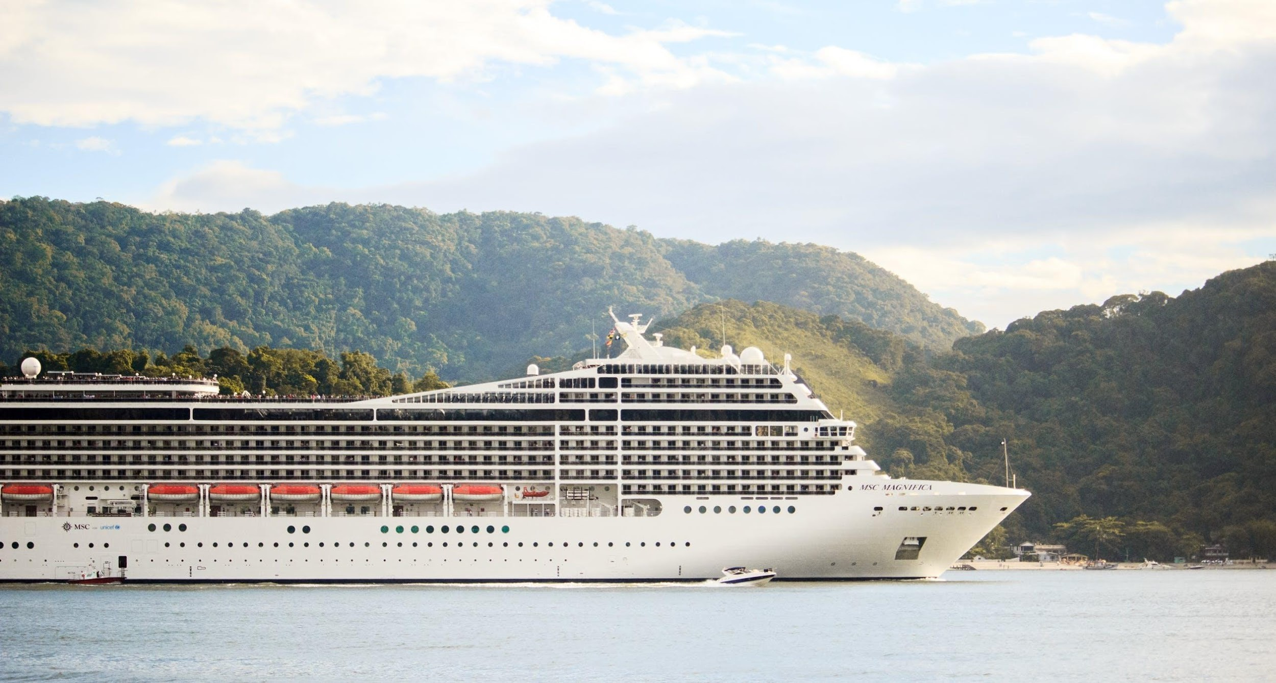5 Reasons Why You Should Go on a Cruise Trip