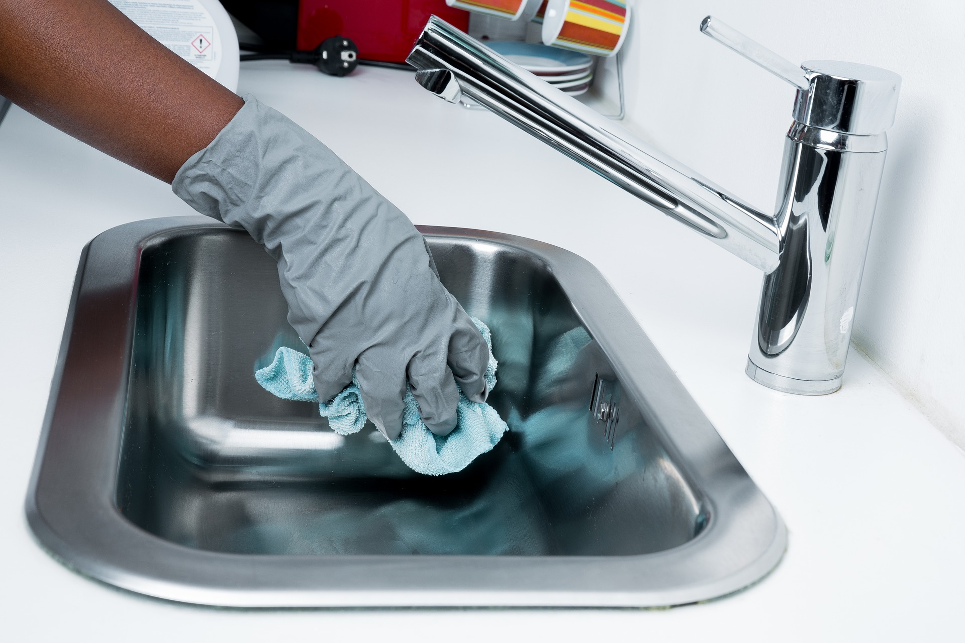 How to Prepare Your Home Before a House Cleaner Arrives