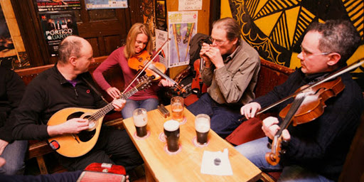 Different String Instruments To Embrace The Celtic Culture