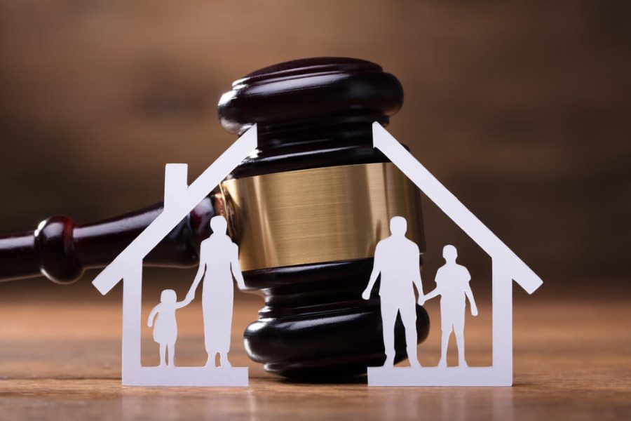 Factors to Consider When Looking For A Divorce Lawyer